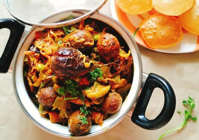 Undhiyu gujarati food