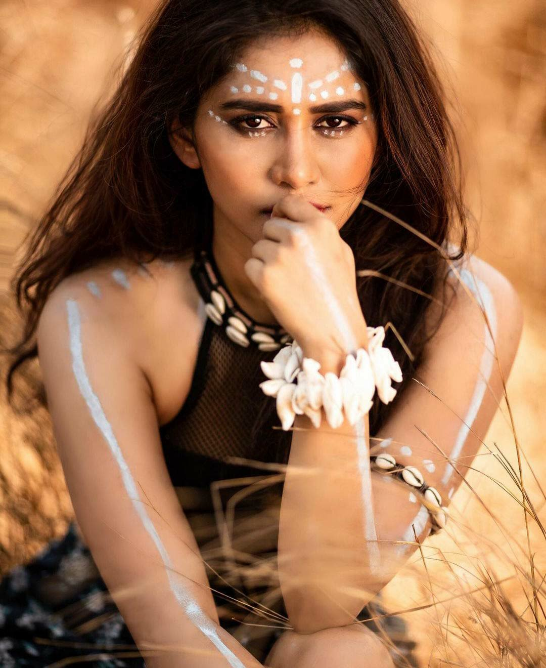 Nabha natesh wild look