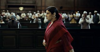 Raveena Tandon in KGF 2 teaser