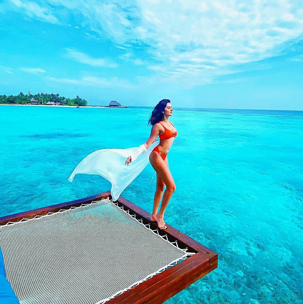 Bollywood actress  Maldives pictures