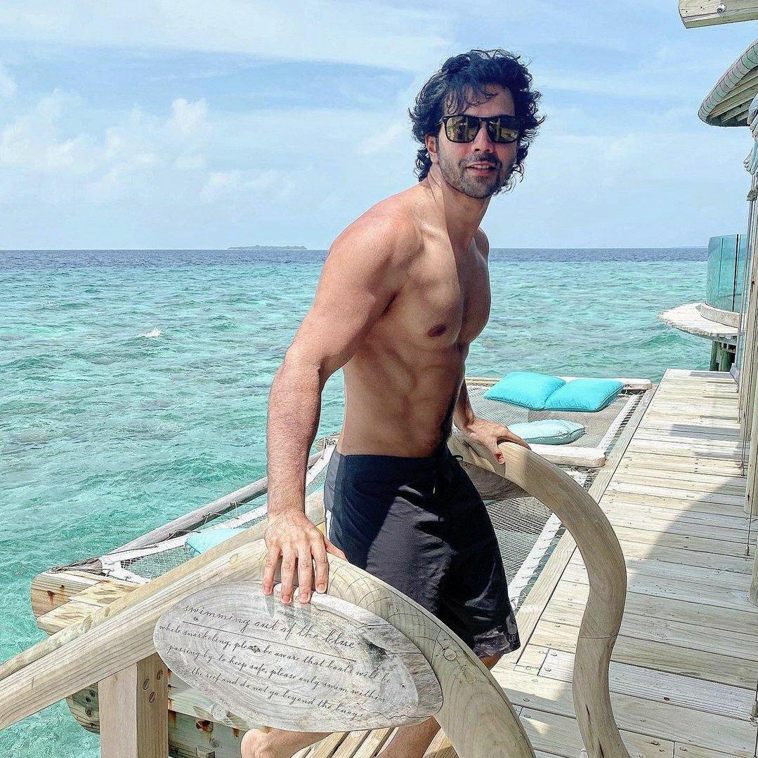 Bollywood actor Varun Dhawan Maldives pictures