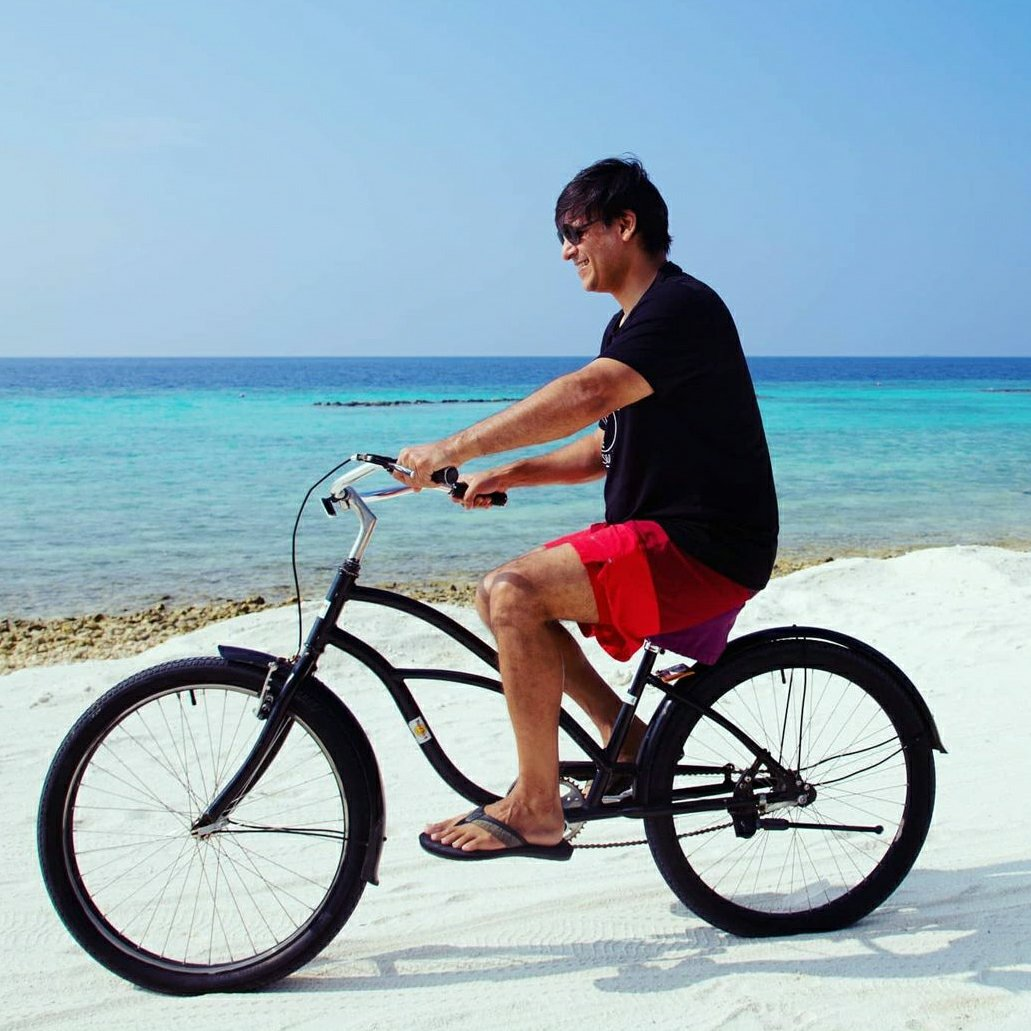 Bollywood actor Vivek Oberoi Maldives pictures